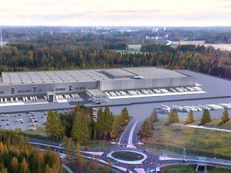 Lidlin Järvenpään jakelukeskus valmistui viime vuoden lopulla. Keskus saadaan täyteen toimintaan lähiaikoina, minkä jälkeen se tulee työllistämään 300 henkilöä. Keskuksen katolle asennetaan kevään aikana 1 600 aurinkopaneelia. Kuva Lidl.